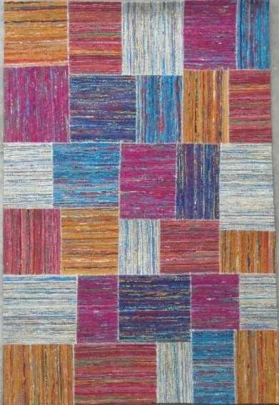 שטיח פאצ׳ים צבעוני