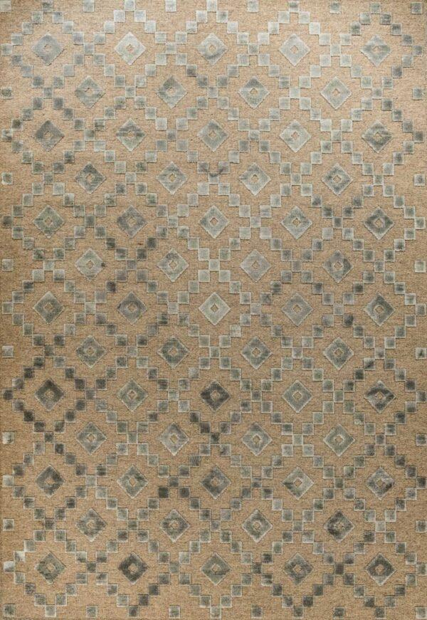 שטיח בדוגמת קוביות כסוף