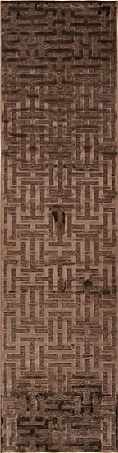 שטיח גאומטרי דוגמת מבוך חום